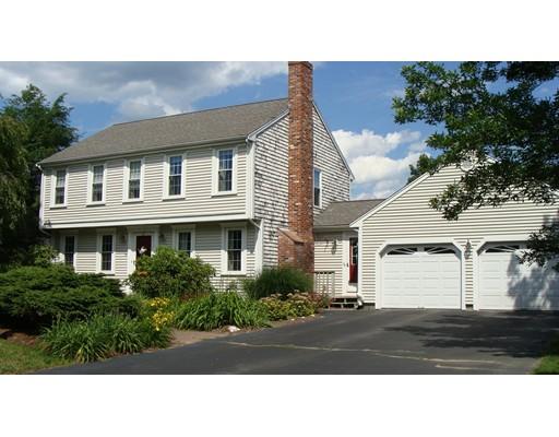 Single Family Home for Sale at 98 Winter Terrace Hanson, Massachusetts 02341 United States