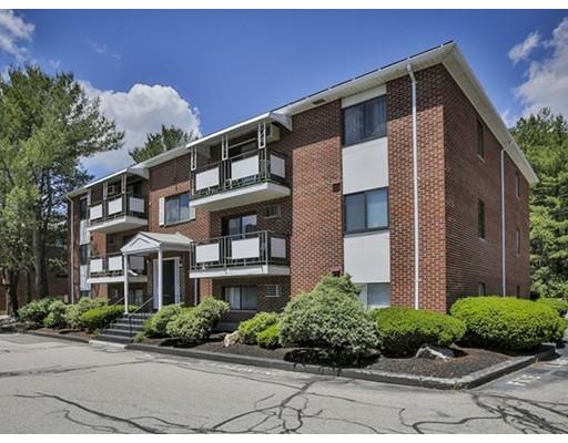 Appartement en copropriété pour l Vente à 60 Colonial Drive Andover, Massachusetts 01810 États-Unis