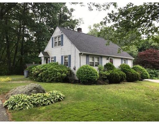 Casa Unifamiliar por un Venta en 146 Park Road Chelmsford, Massachusetts 01824 Estados Unidos