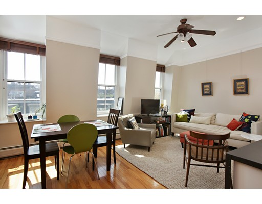 共管式独立产权公寓 为 销售 在 30 east Concord Street 波士顿, 马萨诸塞州 02118 美国
