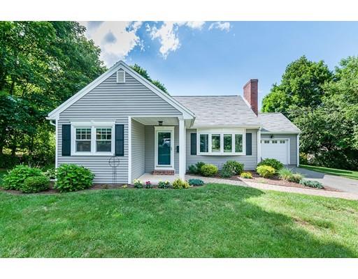 Casa Unifamiliar por un Venta en 4 Colonial Drive Chelmsford, Massachusetts 01824 Estados Unidos