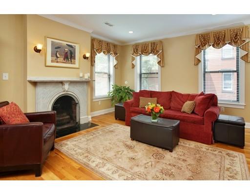 共管式独立产权公寓 为 销售 在 27 Mount Vernon Street 波士顿, 马萨诸塞州 02129 美国