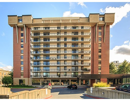 Condominium for Sale at 60 Longwood Avenue Brookline, Massachusetts 02446 United States
