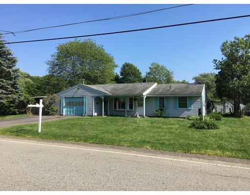 Maison unifamiliale pour l Vente à 86 Rosemary Street Brockton, Massachusetts 02302 États-Unis