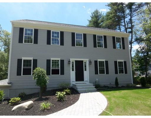 独户住宅 为 销售 在 12 Sanford Street Berkley, 马萨诸塞州 02779 美国