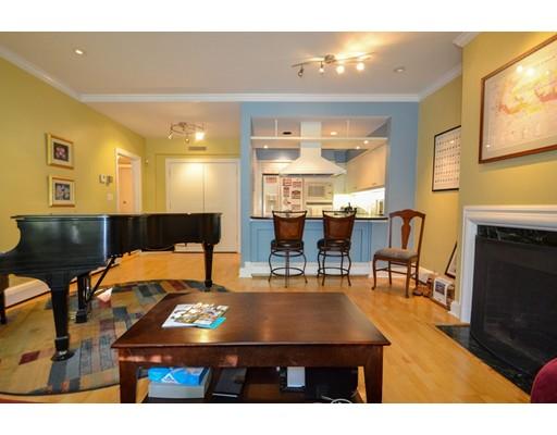 共管式独立产权公寓 为 销售 在 270 Beacon Street 波士顿, 马萨诸塞州 02116 美国