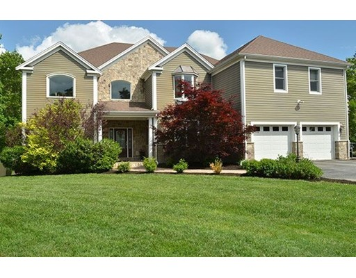 Single Family Home for Sale at 350 Quaker Meetinghouse Road Sandwich, 02537 United States