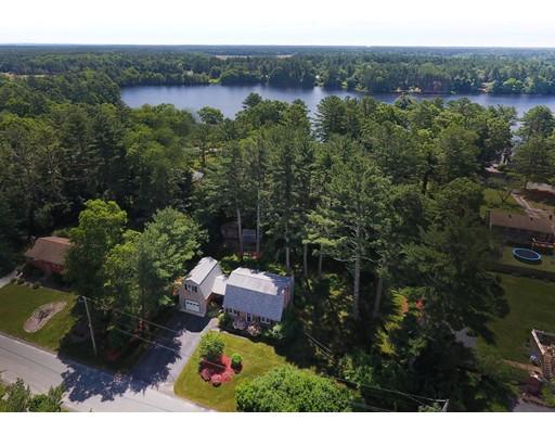 Частный односемейный дом для того Продажа на 1 Cranberry Circle Carver, Массачусетс 02330 Соединенные Штаты