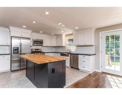 Частный односемейный дом для того Продажа на 6 Reagan Road Townsend, Массачусетс 01469 Соединенные Штаты