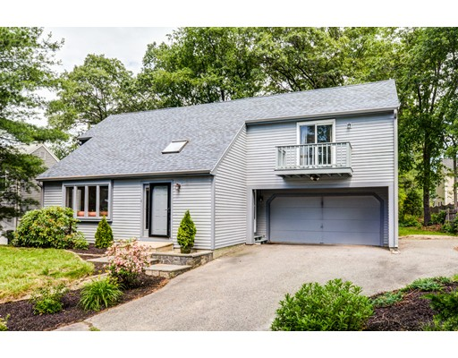 Single Family Home for Sale at 1 Arbor Way Framingham, Massachusetts 01701 United States
