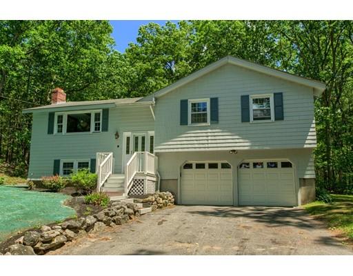Casa Unifamiliar por un Venta en 8 Mount Auburn Street Chelmsford, Massachusetts 01824 Estados Unidos