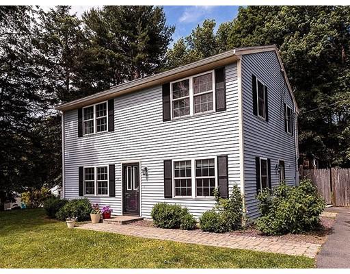 واحد منزل الأسرة للـ Sale في 17 Jeffrey Road Billerica, Massachusetts 01821 United States