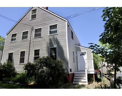 متعددة للعائلات الرئيسية للـ Sale في 3 Dennett Street Amesbury, Massachusetts 01913 United States