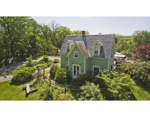 Maison unifamiliale pour l Vente à 8 Main Street 8 Main Street Northfield, Massachusetts 01360 États-Unis