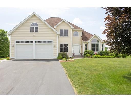 Частный односемейный дом для того Продажа на 11 ROLLING MEADOW Drive Millis, Массачусетс 02054 Соединенные Штаты