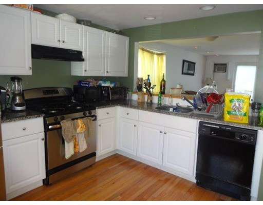 Additional photo for property listing at 197 West 6th Street 197 West 6th Street Boston, Massachusetts 02127 United States