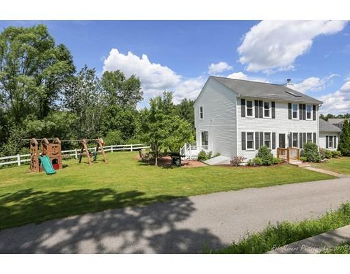 Casa Unifamiliar por un Venta en 24 Hatikva Way Chelmsford, Massachusetts 01863 Estados Unidos