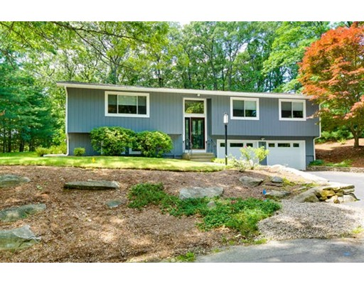 Single Family Home for Sale at 14 Indian Head Heights Framingham, Massachusetts 01701 United States