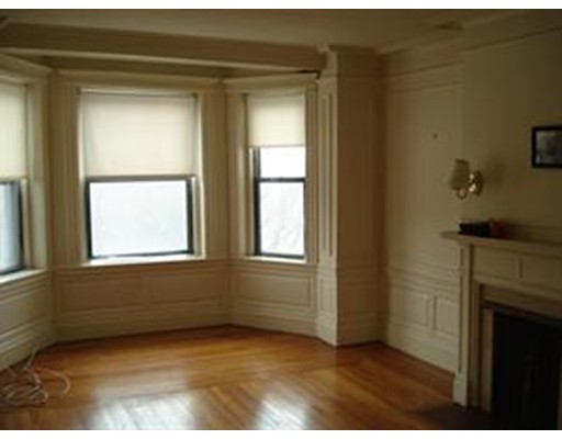 Additional photo for property listing at 466 Commonwealth Avenue  Boston, Massachusetts 02215 Estados Unidos