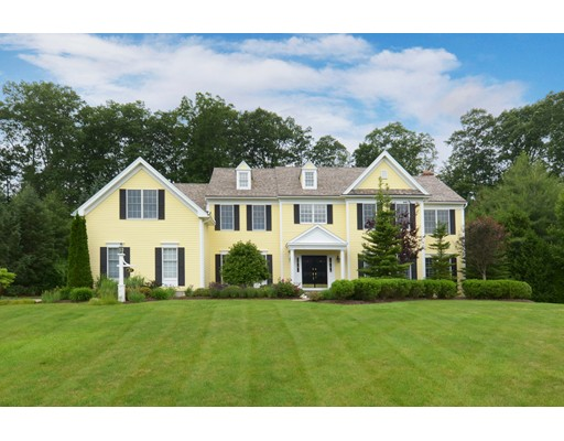 واحد منزل الأسرة للـ Sale في 10 Bridle Ridge Drive Grafton, Massachusetts 01536 United States