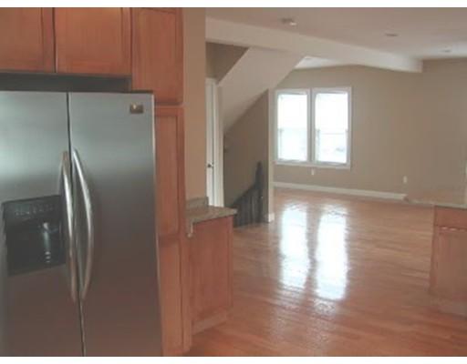 独户住宅 为 出租 在 65 Independence Avenue 昆西, 02169 美国