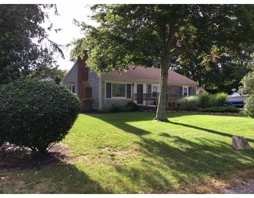 Single Family Home for Sale at 4 Maria Lane Falmouth, Massachusetts 02536 United States