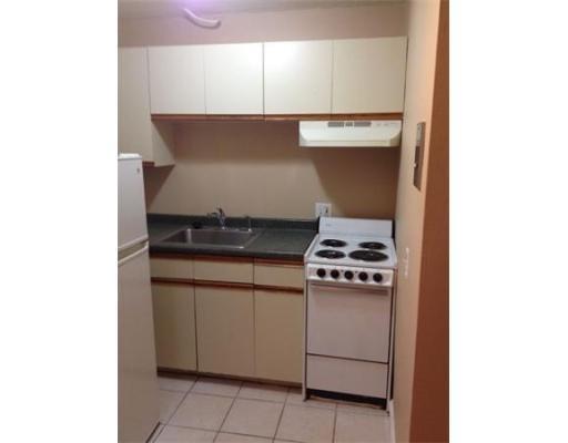 Casa Unifamiliar por un Alquiler en 200 Kelton Street Boston, Massachusetts 02134 Estados Unidos