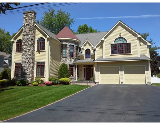 Single Family Home for Sale at 32 Twitchell Street Wellesley, Massachusetts 02482 United States