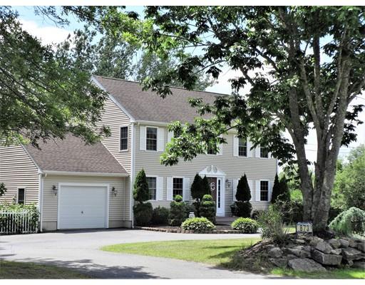Single Family Home for Sale at 873 Main Street Acushnet, Massachusetts 02743 United States