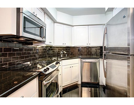 Additional photo for property listing at 135 Pleasant  Brookline, Massachusetts 02446 United States