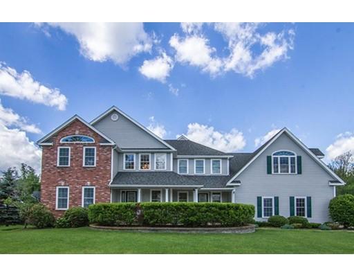 Maison unifamiliale pour l Vente à 8 Wallace Road Sturbridge, Massachusetts 01566 États-Unis
