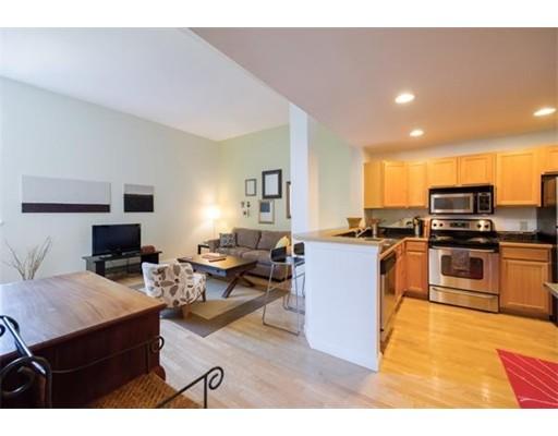 Single Family Home for Rent at 170 Oxford Street Lynn, Massachusetts 01901 United States