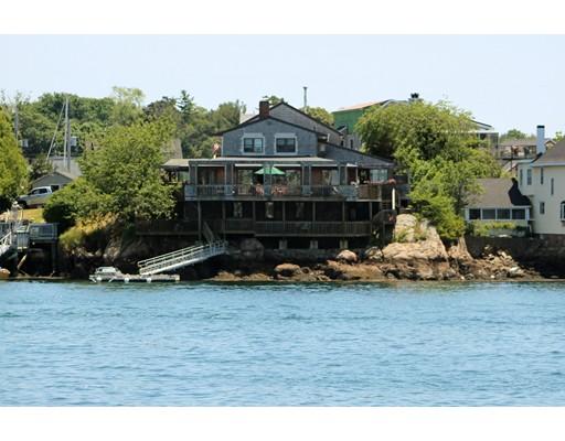 独户住宅 为 销售 在 84 Rocky Neck Avenue 84 Rocky Neck Avenue 格洛斯特, 马萨诸塞州 01930 美国
