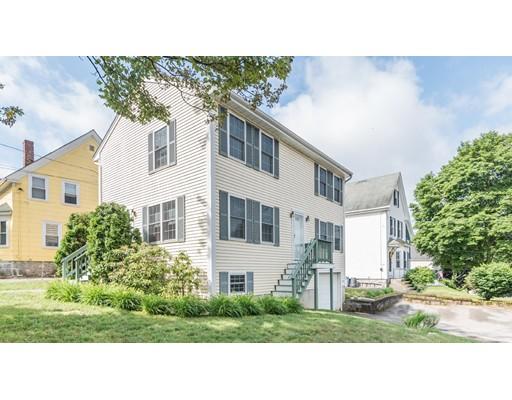Maison unifamiliale pour l Vente à 96 Maple Avenue Andover, Massachusetts 01810 États-Unis