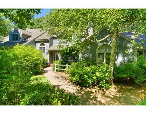 Частный односемейный дом для того Продажа на 14 Quail Run Acton, Массачусетс 01720 Соединенные Штаты