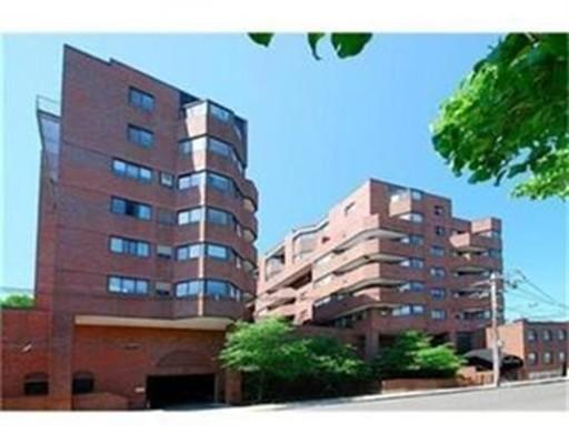 独户住宅 为 出租 在 147 Kelton Street 波士顿, 马萨诸塞州 02134 美国