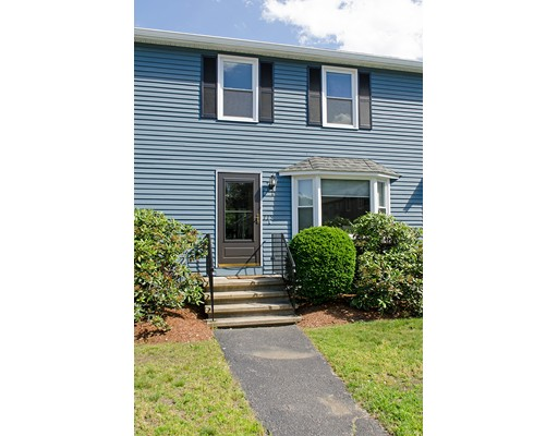 Appartement en copropriété pour l Vente à 115 Twin Brook Lane Bellingham, Massachusetts 02019 États-Unis