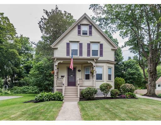Maison unifamiliale pour l Vente à 69 Maple Avenue Andover, Massachusetts 01810 États-Unis