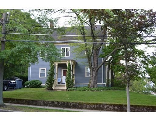 独户住宅 为 销售 在 71 East Emerson Street 梅尔罗斯, 马萨诸塞州 02176 美国