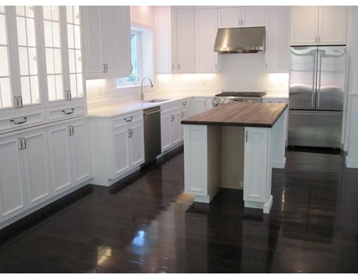 Condominio por un Venta en 23 Woodmere Drive Milton, Massachusetts 02186 Estados Unidos