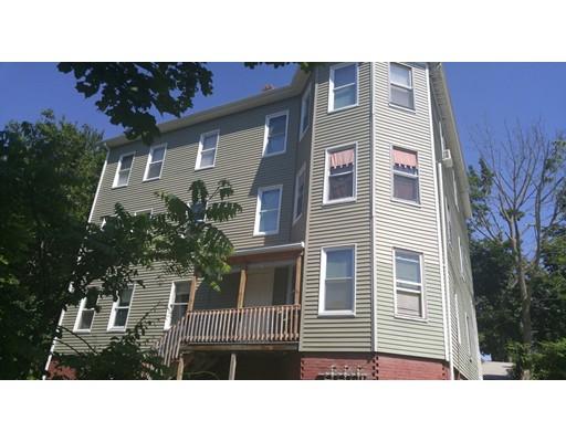 多户住宅 为 销售 在 24 Edgeworth Street 伍斯特, 马萨诸塞州 01605 美国