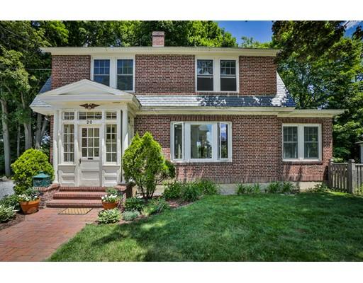 Maison unifamiliale pour l Vente à 20 Whittier Street Amesbury, Massachusetts 01913 États-Unis