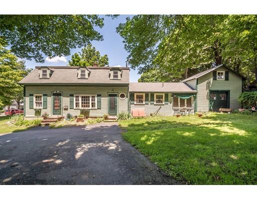 واحد منزل الأسرة للـ Sale في 47 Collincote Street 47 Collincote Street Stoneham, Massachusetts 02180 United States