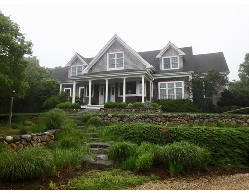 Maison unifamiliale pour l Vente à 62 Pond Road West Tisbury, Massachusetts 02575 États-Unis