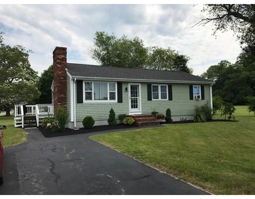独户住宅 为 销售 在 12 Locust Street Berkley, 马萨诸塞州 02779 美国