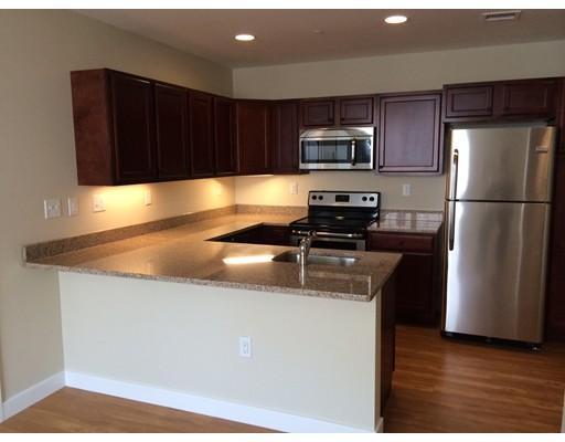 Maison unifamiliale pour l à louer à 20 Pond Street Braintree, Massachusetts 02184 États-Unis