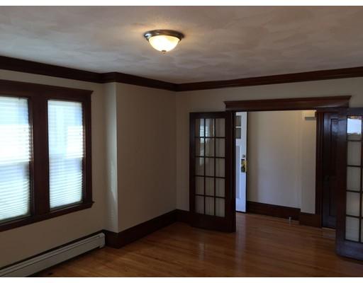 独户住宅 为 出租 在 165 Mystic Street 阿灵顿, 马萨诸塞州 02474 美国