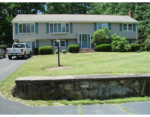 独户住宅 为 销售 在 18 Angelos Road 斯托顿, 02072 美国