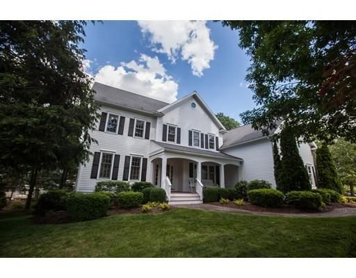Casa Unifamiliar por un Venta en 2 Woodbury Lane Natick, Massachusetts 01760 Estados Unidos