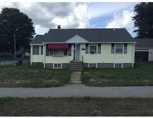 Single Family Home for Sale at 1229 Liberty Street 1229 Liberty Street Braintree, Massachusetts 02184 United States